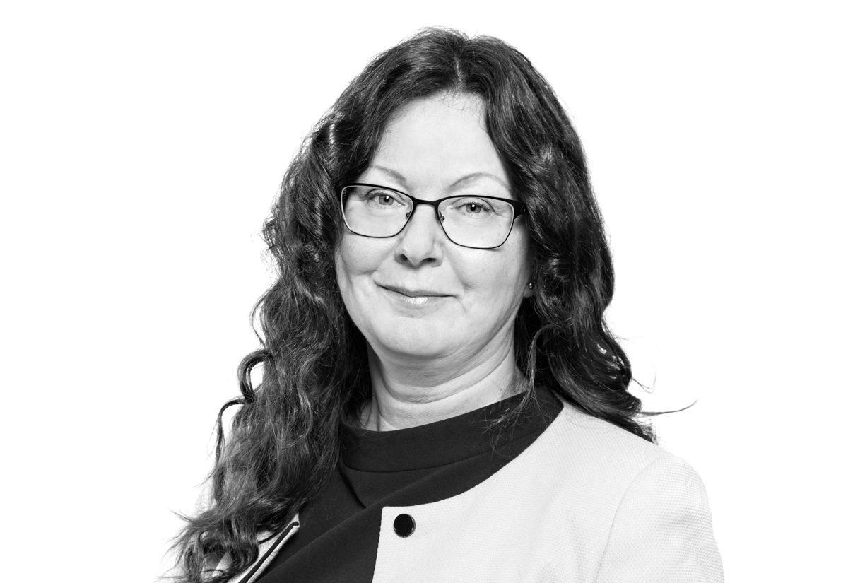 Anne Pinola